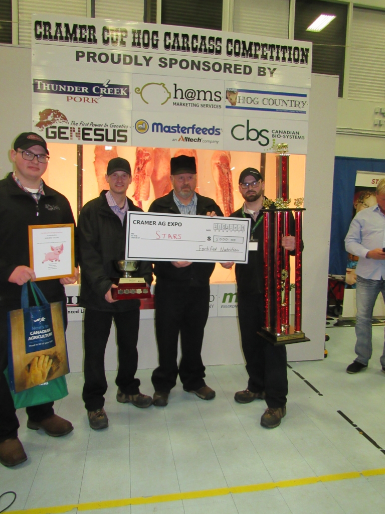 Prairie Hog Country – Cramer Expo Attendees & Exhibitors Give Back